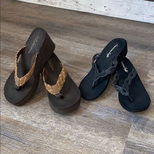 TWO pair of Sandals Cobian & AEO Womens 8
